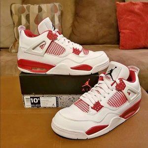 Air Jordan Alternate 4s